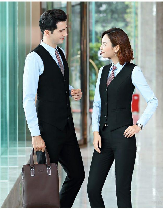 男士定做西装的着装标准和注意事项